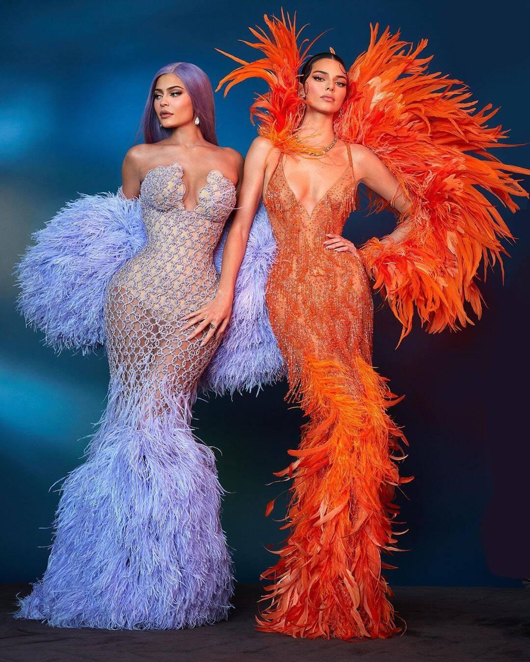 Kyllie e Kendall Jenner no MET Gala 2019 / Foto: Reprodução Instagram