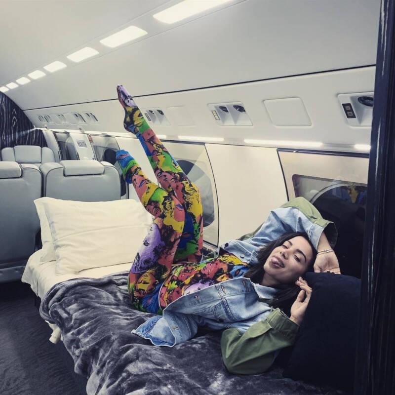Cantora Anitta mostra o avião no qual viajou para África e Cost Rica / Foto: Reprodução Instagram