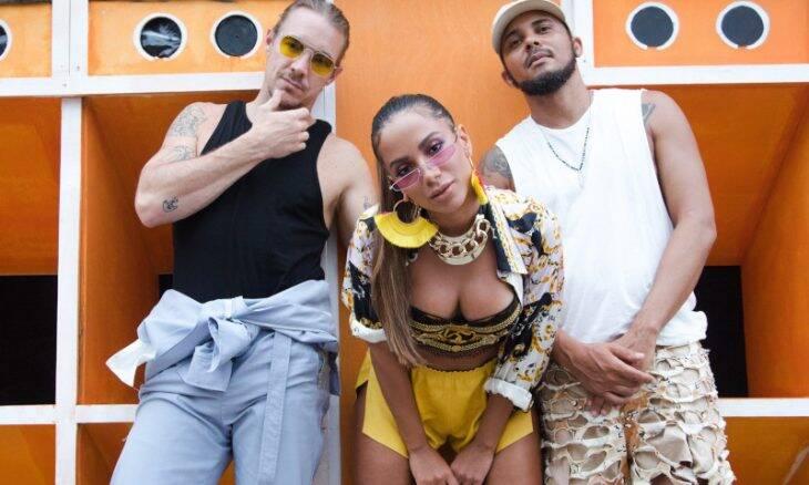 """Diplo, Anitta e Walshy Fire nas gravações de """"Make It Hot"""" / Foto: Divulgação Bacardi"""