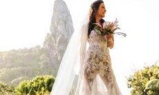 Kyra Gracie e Malvino Salvador se casam em Fernando de Noronha