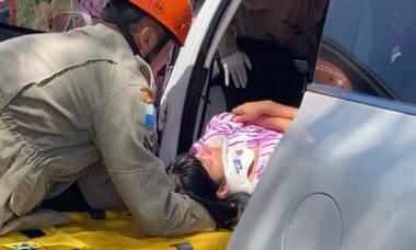 Cantora gospel Fernanda Brum sofre acidente de carro na Rio-Santos