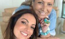Patricia Poeta surge com a mãe em foto inédita com a apresentadora