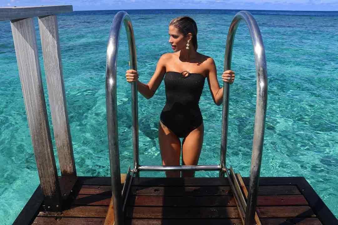 O casal, que está junto desde 2016, curtiu a lua de mel nas Ilhas Maldivas.