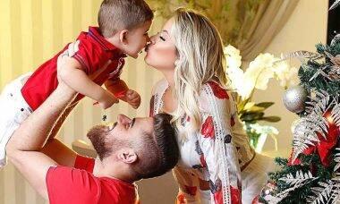 Natália Toscano, esposa do sertanejo Zé Neto mostra Natal da família
