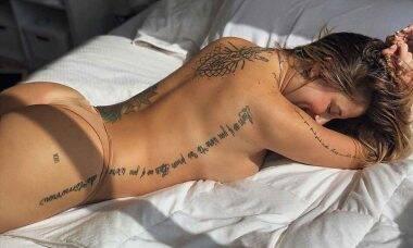 Ex-A Fazenda, Bifão posta foto mostrando tatuagens e leva fãs à loucura