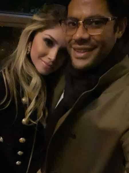 Hulk posa em foto romântica com a amada