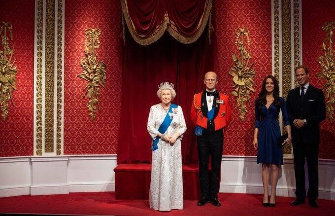 Madame Tussauds remove estátuas do Príncipe Harry e de Meghan Markle