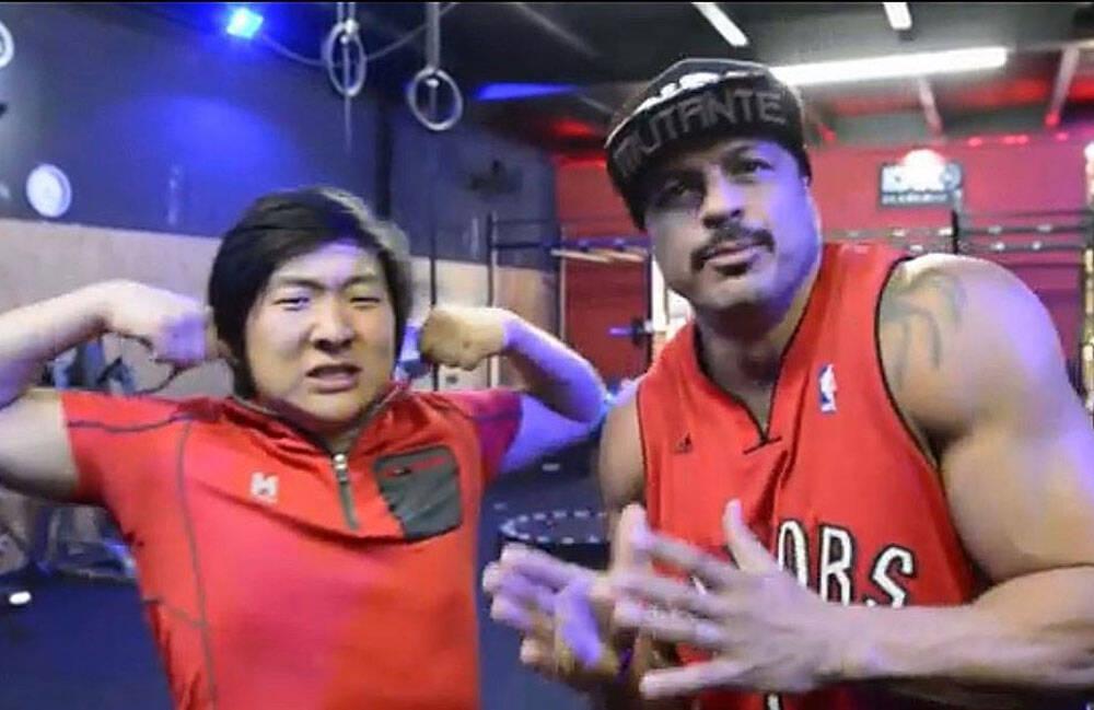 O ex BBB Bambam e atual Pyong Lee em foto recente. Foto: Instagram