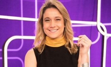 Fernanda Gentil exibe tatuagem que fez para os filhos
