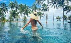 Juliana Paes encanta fãs em fotos de biquíni