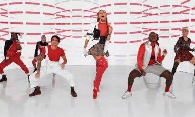 Em novo clipe, Pabllo Vittar e Jerry Smith dançam dentro de lata de Coca-Cola