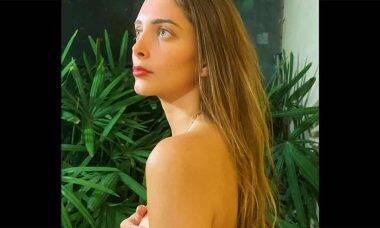 Filha de Eduardo Cunha posta foto ousada e reclama de esmalte em rede social