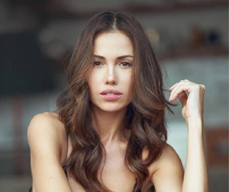 Iza Rocche anima fãs em foto sem lingerie