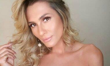 """Lívia Andrade dá """"boa noite"""" em vídeo e ganha uma enxurrada elogio de fãs"""