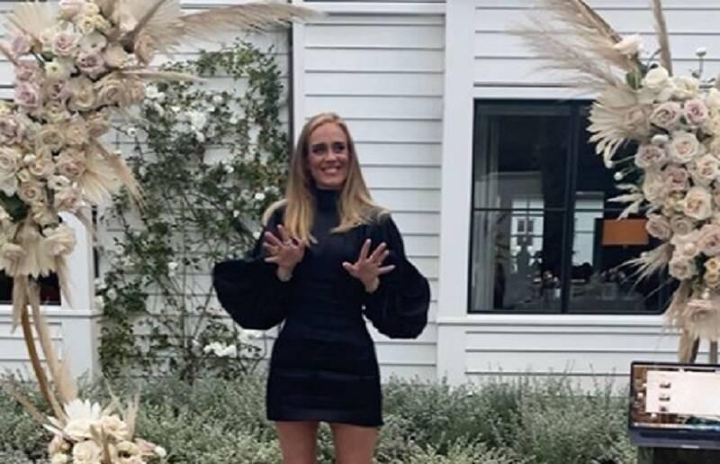 Adele comemora 32 anos e surpreende pela magreza