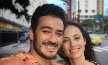 Rosanne Mulholland e Marcos Veras revelam nome do primeiro filho