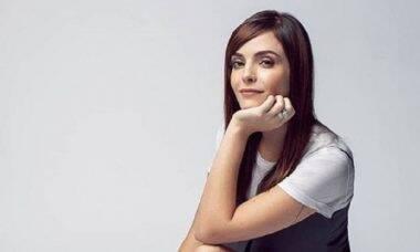 Titi Müller desabafa após ter foto nua censurada