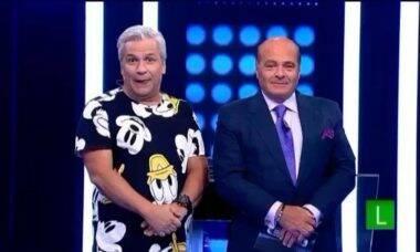 Salário de R$ 500 mil de Sikêra Jr. causa problemas entre funcionários da RedeTV!