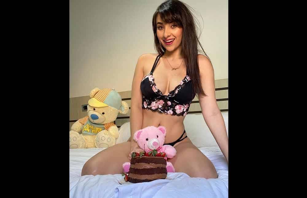 Márcia Bonde faz aniversário e foto deixa fãs encantados