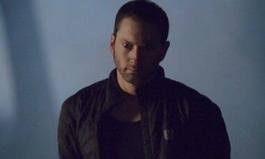 """Eminem estaria com medo que Mariah Carey revele que ele era """"ruim de cama"""" em livro"""