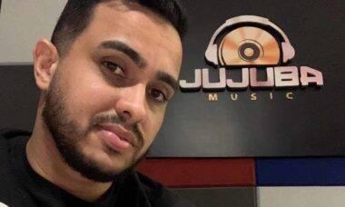 Compositor e empresário Léo Minho lança filial da Jujuba Editora em Salvador