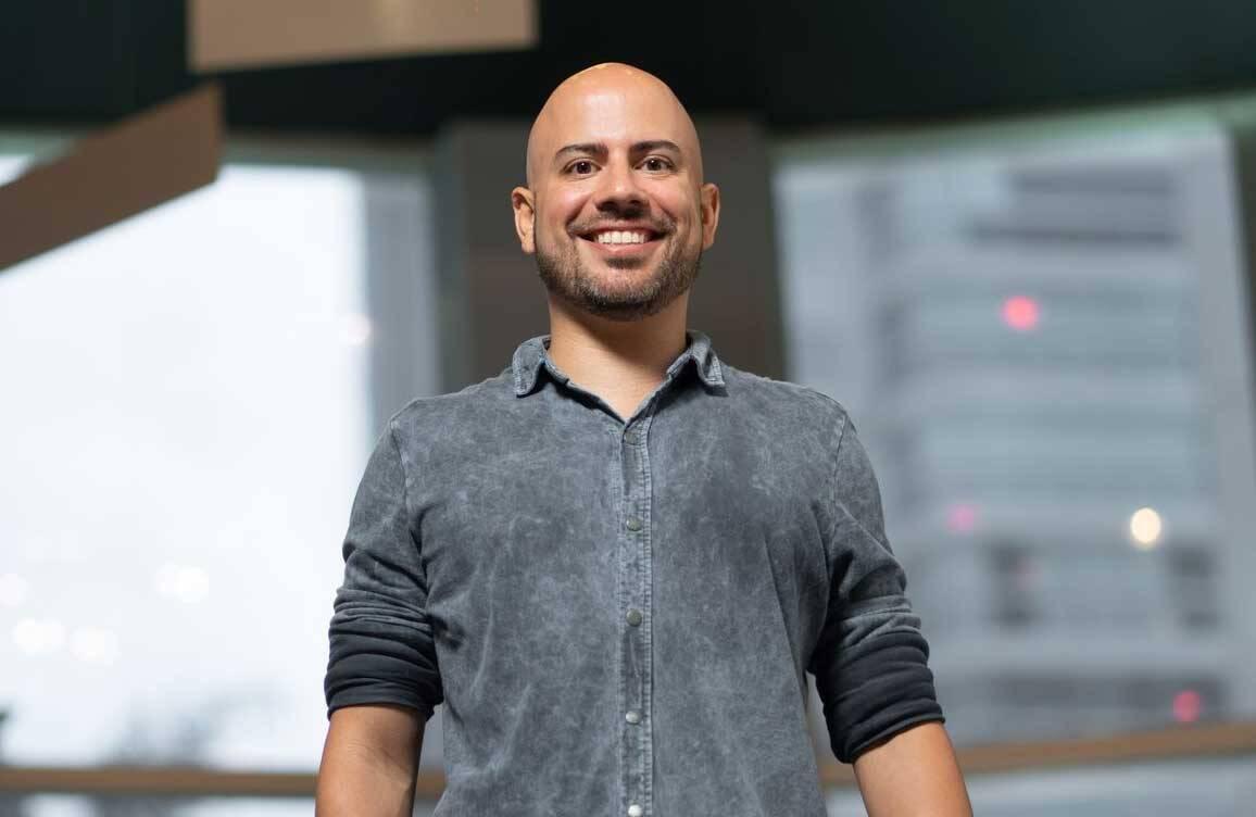 Nova forma de aprender: professor Luis Vabo Júnior ressalta importância dos cursos online em tempos de pandemia