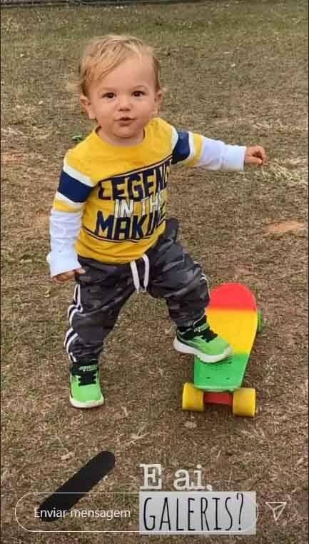 Uma foto rara de Senor, o neto de Sílvio Santos. Foto: Instagram