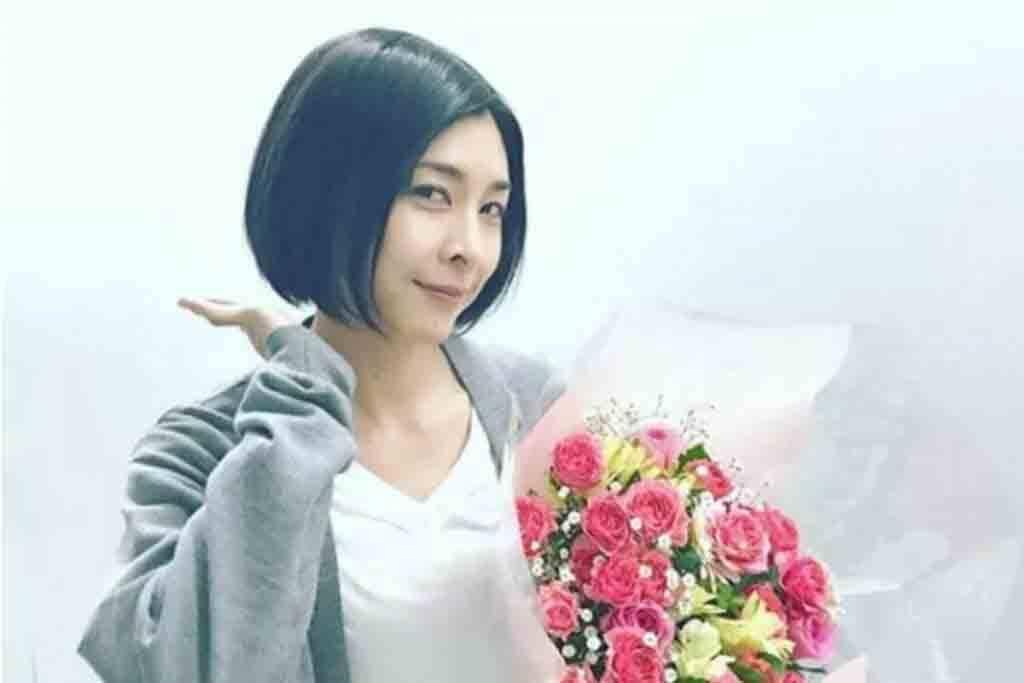 """A atriz atuou em séries e novelas no Japão, mas ficou mundialmente conhecida após o protagonismo no longa """"O Chamado"""". Foto: Instagram"""