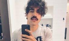 Caio Castro de bigode