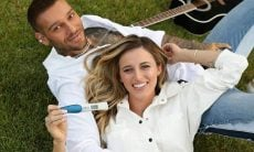 Lorena Carvalho, grávida de Lucas Lucco, fala sobre mudanças de humor durante gestação