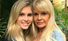 Monique Evans viaja para São Paulo e reencontra a filha, Bárbara Evans