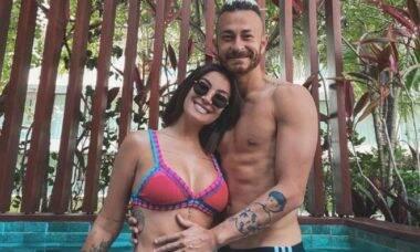 Bianca Andrade, a Boca Rosa, posta viagem com Fred para Pernambuco e se declara