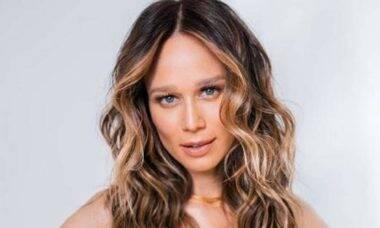 """Mariana Ximenes exibe novo visual nas redes sociais: """"eu adoro mudar!"""""""