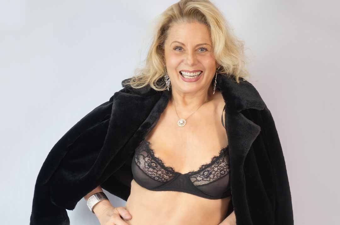 Aos 68 anos, Vera Fischer posa de lingerie e mostra barriga chapada. Foto: Reprodução Instagram