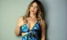 Sheila Mello posa com vestido sensual e ganha vários elogios dos seguidores