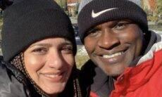 """Mulher de Jacaré fala sobre vida no Canadá: """"A maior barreira é o idioma"""""""