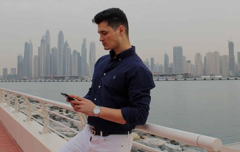 Influenciador e especialista digital Can Mandir faz sucesso nas redes sociais. Foto: Divulgação