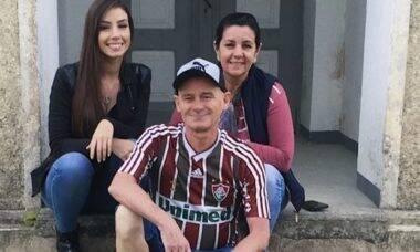"""Maria Lina parabeniza os pais pelos 25 anos de casados: """"Grande exemplo"""""""