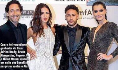 """Alinne Moraes denuncia foto da capa de revista como montagem: """"fake"""""""