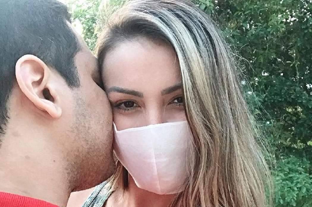 """Andressa Urach revela novo romance misterioso: """"amor acalma um coração machucado"""""""
