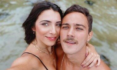 """André Frambach faz declaração à Rayssa Bratillieri para celebrar aniversário: """"você é tudo pra mim"""""""