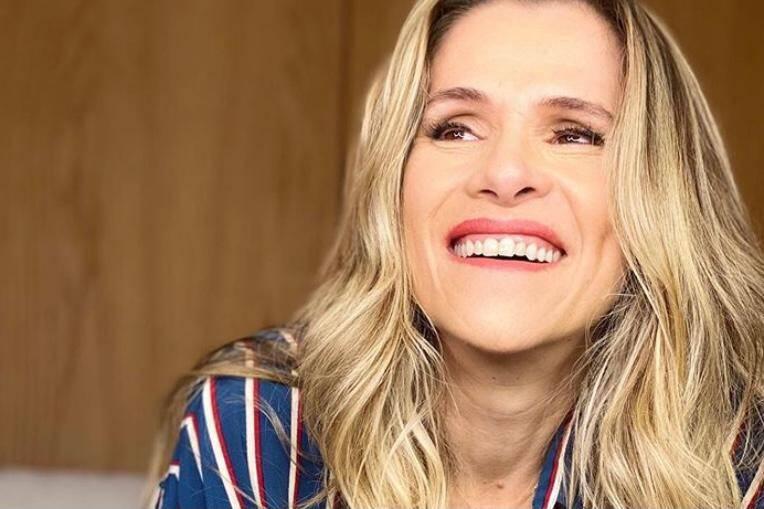 """Ingrid Guimarães revela que mente nas redes sociais: """"Pareço feliz, mas não estou"""""""