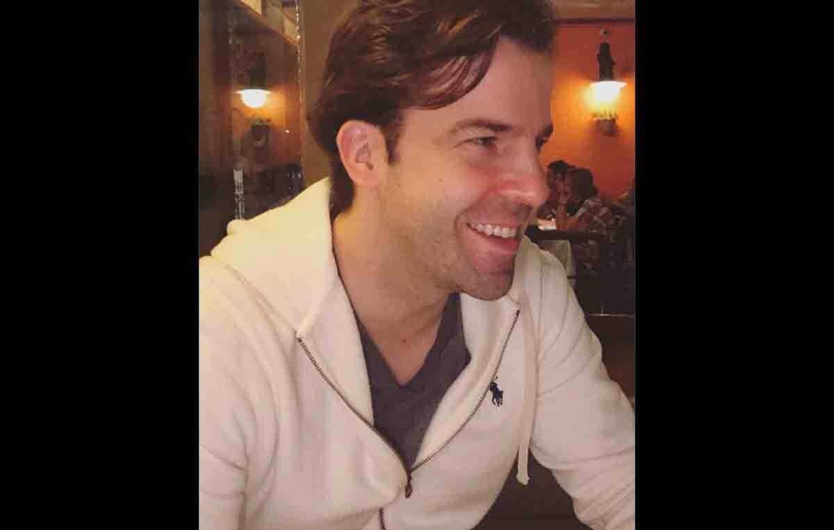 Conheça Thomas Benson: influente cirurgião plástico que faz sucesso nas redes sociais. Foto: Divulgação