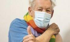 Ian McKellen é a primeira celebridade a ser vacinada contra o coronavírus