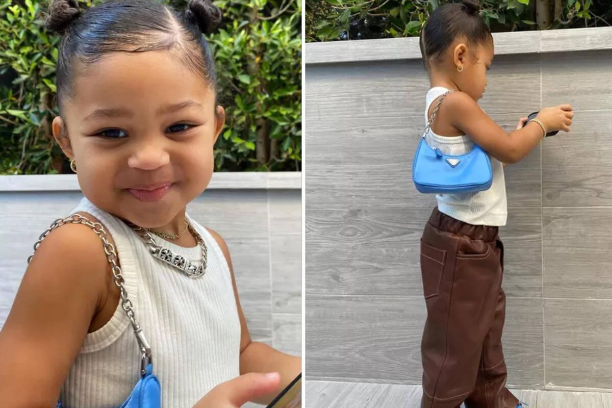 Stormi, filha de Kylie Jenner, aparece com bolsa de R$ 4,5 mil