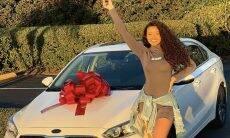 Camilly Victoria, filha de Carla Perez e Xanddy, compra primeiro carro