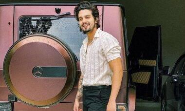 Luan Santana ostenta carro de quase R$ 2 milhões