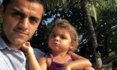 """Felipe Simas faz declaração emocionada para a filha: """"Destemida"""""""