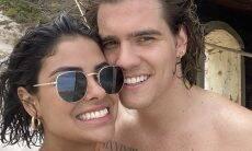 Caio Cesar e Munik Nunes postam clique abraçadinhos