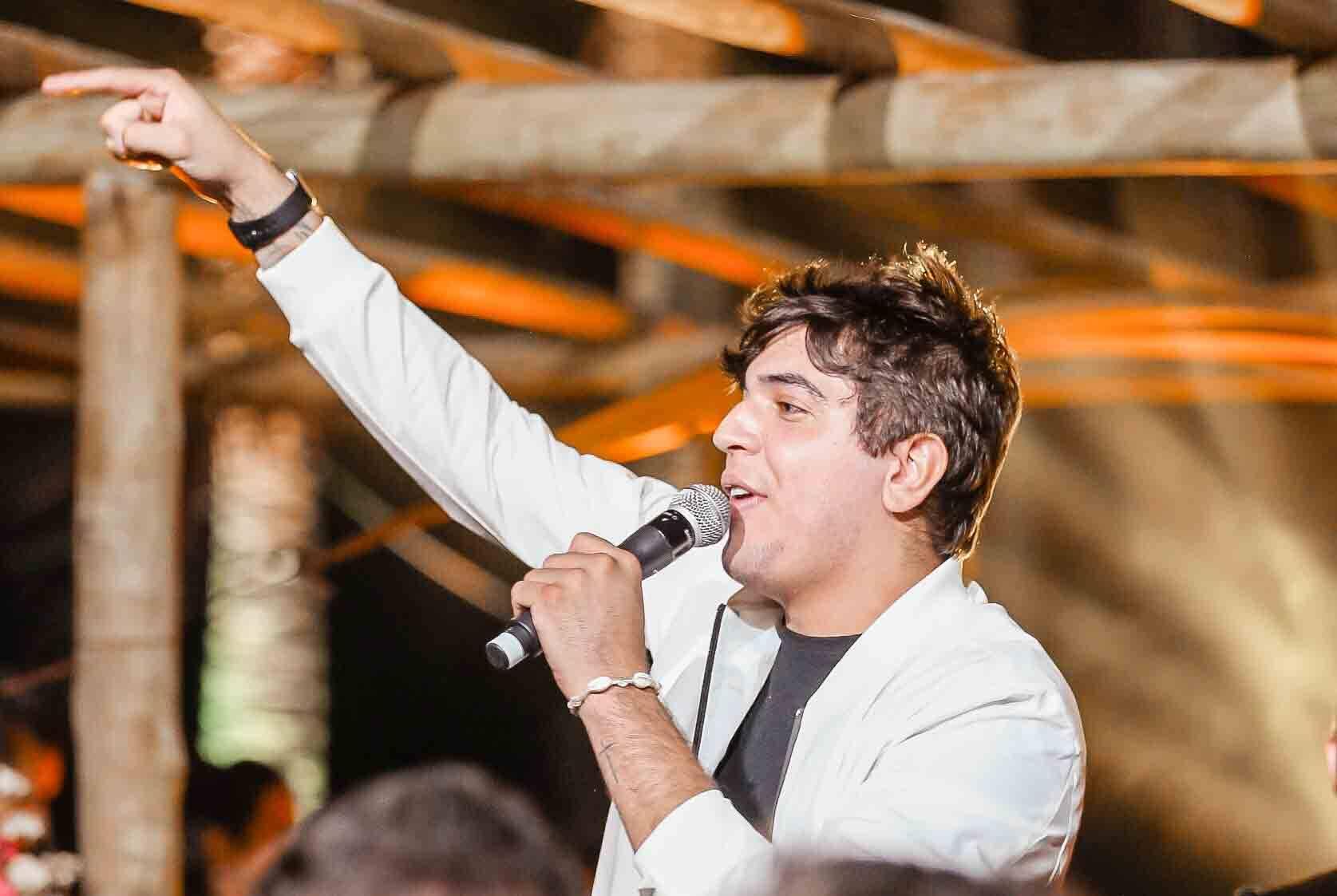 Conheça Nattan: cantor e compositor de forró que é referência nas redes sociais. Foto: Divulgação